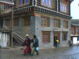 A Tibetan house in Ganzi, Sichuan.