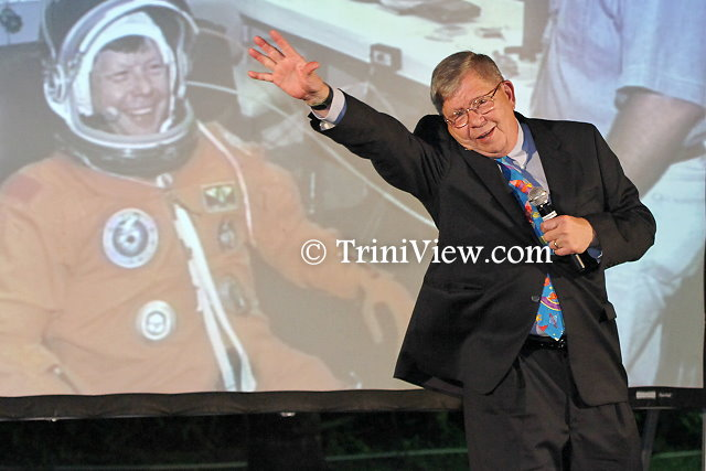 NASA astronaut, Dr. Robert K. Crouch delivers the feature address
