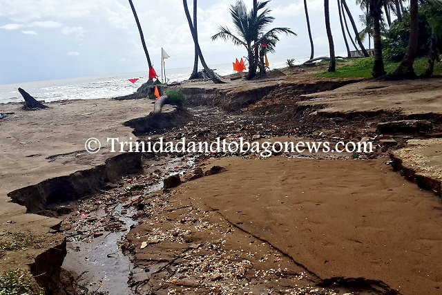 Erosion caused by water that forced its way to the sea, just south of the Manzanilla beach facility