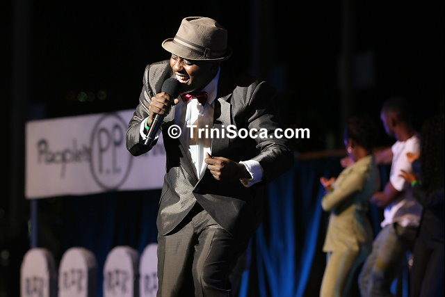 Reigning Calypso Monarch, Roderick 'Chucky' Gordon performs 'The Rose'