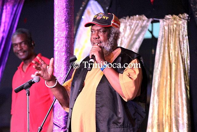 MC Sprangalang entertains the audience