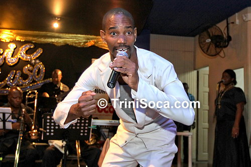 Shawn 'Dr. Rude Kaiso' McIntyre performs 'Beauty and De Donkey'