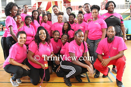 Trainees from the New Butler School and TTJRF senior coaches pose with Sports Minister, Darryl Smith (back)