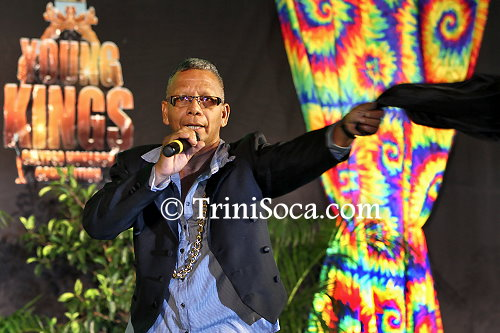 Gary 'M'Ba' Thomasos perfroms 'All-Inclusive Fete'